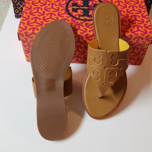 622a4a51576a Tory Burch Shoes - NIB Tory Burch Jamie Full Logo Thong Size 7